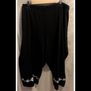 Size 5X Woman Within Capri Pants Black